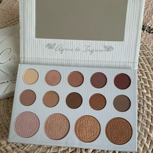 Bh Cosmetics Carly Bybel palette